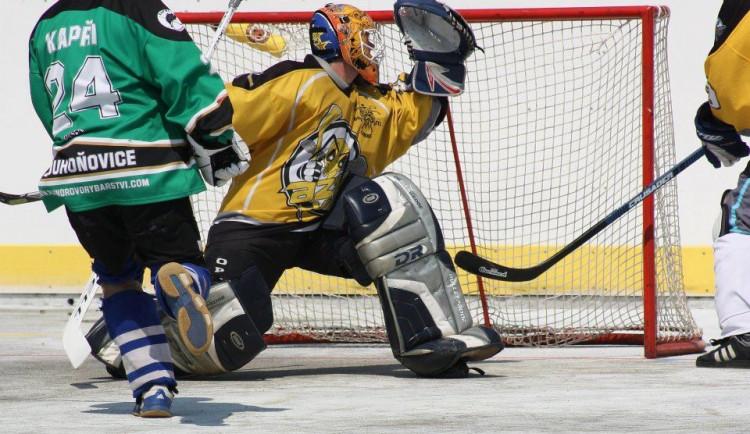 Na Rozcestí se hraje turnaj v malém hokejbalu