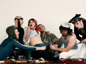 Rammstein Members Club vezmou útokem Dům kultury