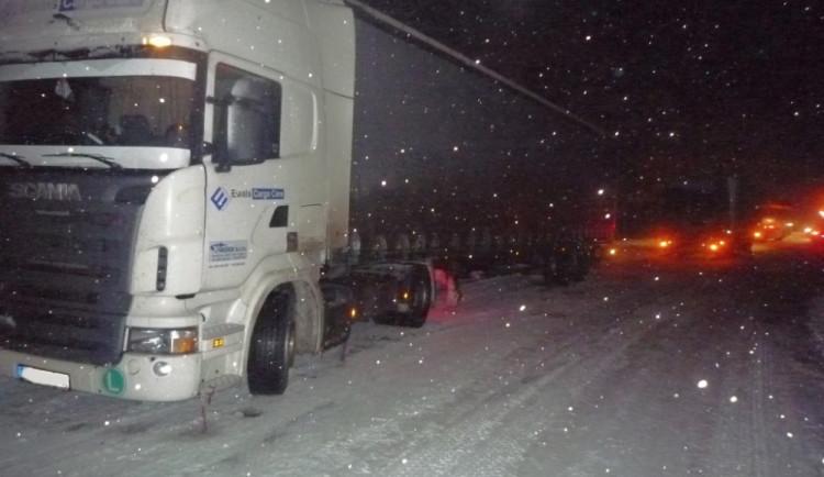 Kamiony neprojedou přes přechod v Harrachově. Je uzavřen