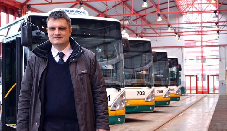 Dopravní podnik nahradí dvě desítky autobusů novými