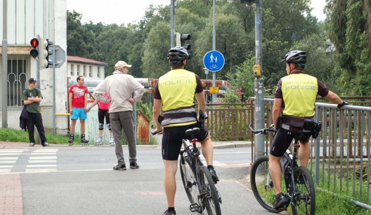 Strážníci budou odměňovat na cyklostezkách. Pokut se nebojte