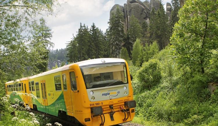 Bouřka přerušila dopravu na třech tratích v Libereckém kraji