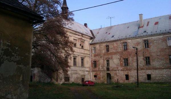 Pivovar Svijany začne opravovat zámek, otevře se příští léto