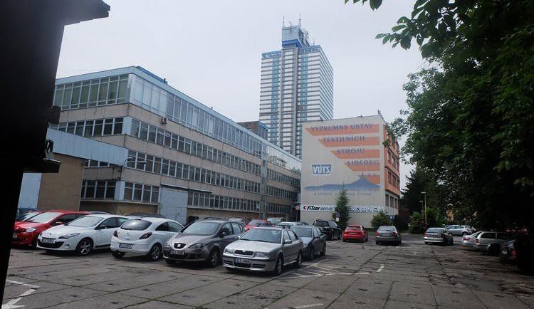 Rekonstrukce VÚTS na Evropský dům vyjde na desítky milionů