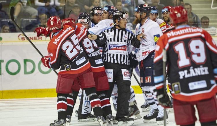 Sváteční odpoledne zpestří hokej – vedoucí Tygři přivítají druhý Hradec