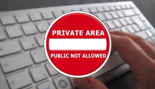 Mají lidé právo na soukromí informací?