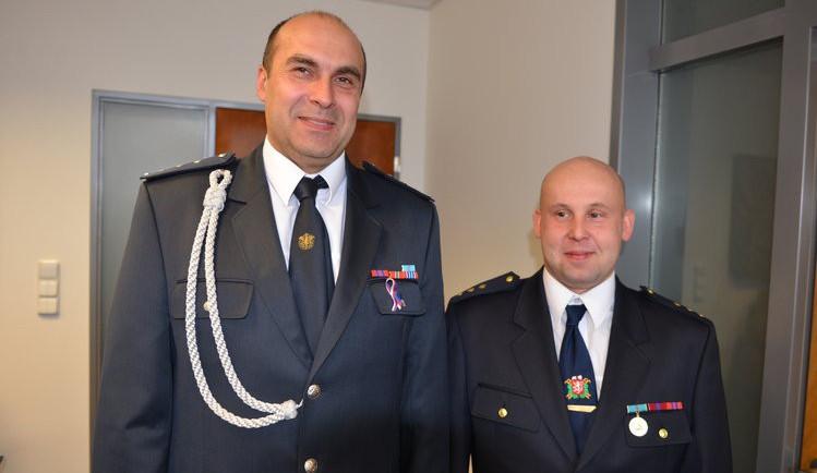 Dobrovolné hasiče vyznamenal hejtman za mimořádné nasazení u požáru Agby v Turnově