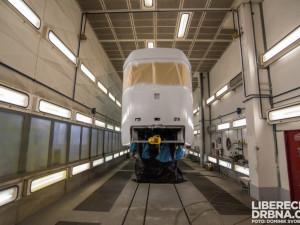 FOTO: Jak probíhá přestavba nebo lakování tramvají? Drbna navštívila vozovnu dopravního podniku