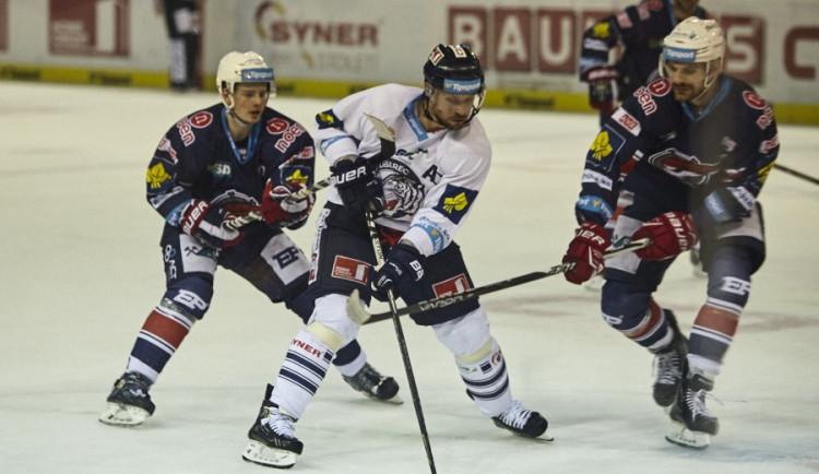 Liberec vstoupil do play off vítězně, porazil Chomutov 4:1