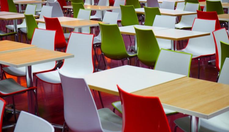 Liberecký kraj chce dál platit obědy dětem z chudých rodin