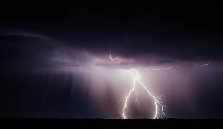 Liberecko mají zasáhnout silné bouřky, meteorologové vydali varování