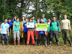 Dobrovolníci z Evropy i Asie budou letos pracovat i u zámku v Liberci