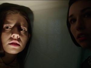 FILMOVÉ PREMIÉRY: Děti se zasmějí u Emoji ve filmu, dospělí se vyděsí u dvojky Annabelle