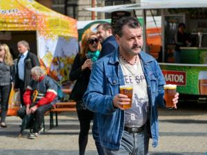FOTO: Na Libereckém pivním festivalu tekl zlatavý mok proudem, vytočilo se více než 13 tisíc piv