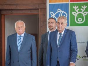Prezident Zeman udělil 39 vyznamenání. Nechybí hrdinové, osobnosti i vědci