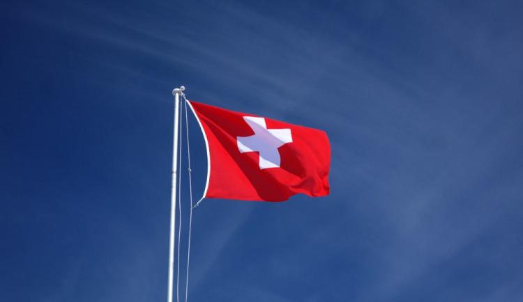 Čeští politici chtějí referenda, jak je to ale v tom Švýcarsku?