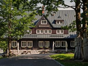 FOTO: Prezidentská chata oslaví devadesát let. V Bedřichově tak bude o víkendu rušno
