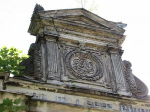 Opravy Liebiegovy hrobky pokračují