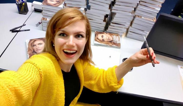 SOUTĚŽ: Gabriela Koukalová přijede do Liberce představit svou knihu, vyhrajte podepsaný výtisk