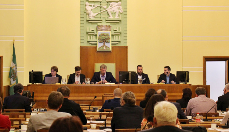 Novým primátorem Jablonce nad Nisou je Milan Kroupa z ANO