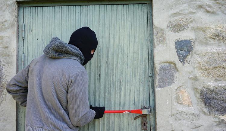 Sezóna chatových zlodějů je tady. Jak chatu zabezpečit?