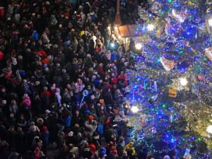Vánoční strom má ozdoby od dětí z liberecký školek a škol. Primátor ocenil MŠ Čtyřlístek