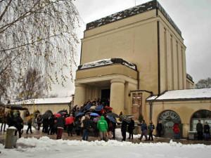 Malá síň v libereckém krematoriu má svou původní podobu