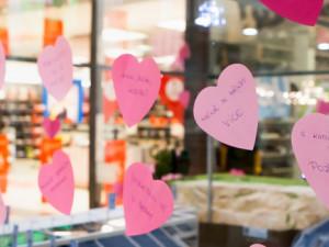 Zamilovaný vandal řádil v obchodním centru Nisa Liberec