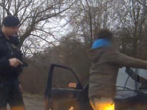 VIDEO: Policisté pronásledovali rychlého řidiče, měl v sobě amfetamin
