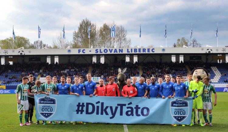 Fotbalová liga patří tatínkům. Děti mohou na Slovan v sobotu zadarmo