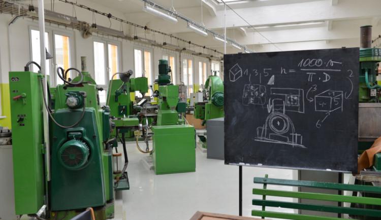 Na liberecké strojní průmyslovce vniklo Centrum odborného vzdělávání. Vyšlo na více než 80 milionů