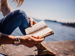 Která kniha získá Cenu čtenářů? Rozhodnou lajky na facebooku