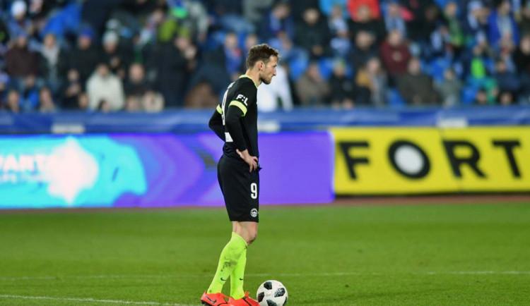 Překvapení v Edenu. Breiteho gól posvětilo video a Slovan veze domů bod