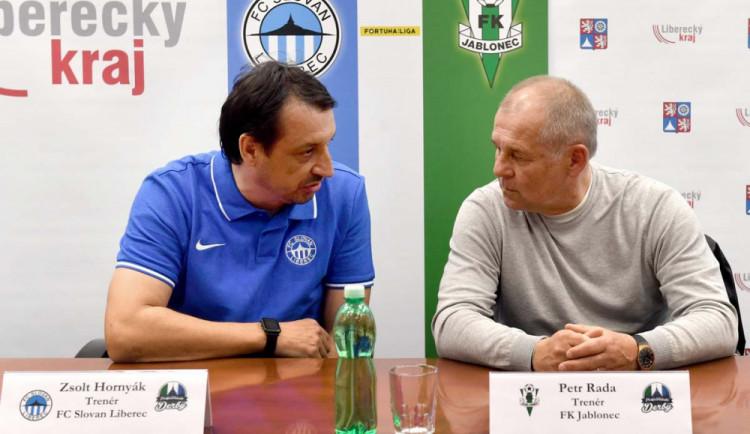 Ligové derby po padesáté. Slovan přivítá Jablonec ve speciálních modrých dresech