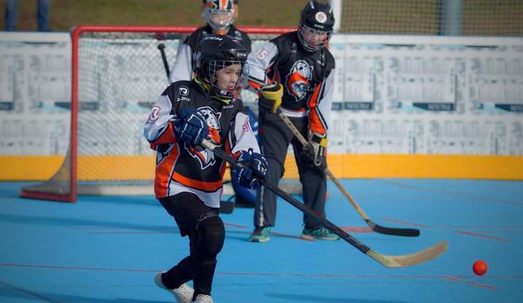 Ve Svijanské aréně si zahrají malí hokejbalisté. Turnaje se zúčastní osm týmů