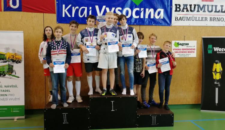Liberečtí šermíři vybojovali zlato v týmech na Mistrovství ČR. Cinklo to i v jednotlivcích