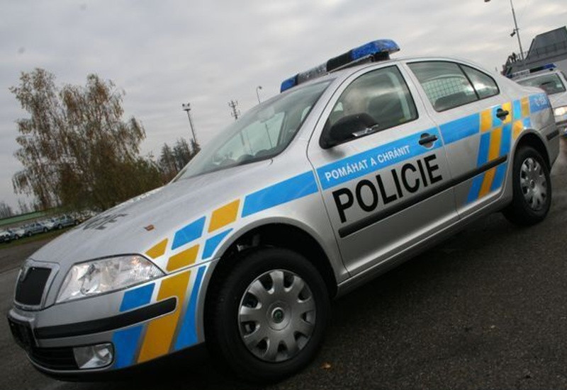 Hledme svdky dopravn nehody - Policie esk republiky