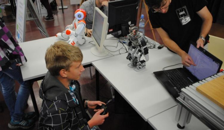 Liberecká univerzita připravila letní kurzy robotiky pro školáky
