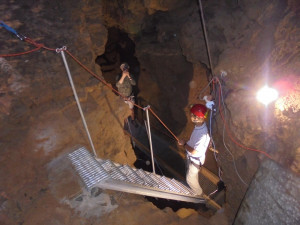 Nahlédněte do Panského lomu v Hanychově, zavedou vás tam speleologové
