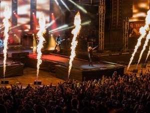 SOUTĚŽ: Festival, který přijede za vámi do Liberce. Létofest 2019 láká na Kluse, Lenny nebo Divokýho Billa