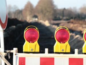 Hlavní průtah z Frýdlantu do Polska se uzavře, bude se opravovat železniční přejezd