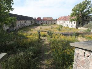Výběr firmy pro záchranu dvora u zámku v Zákupech se protahuje, začne se na podzim?