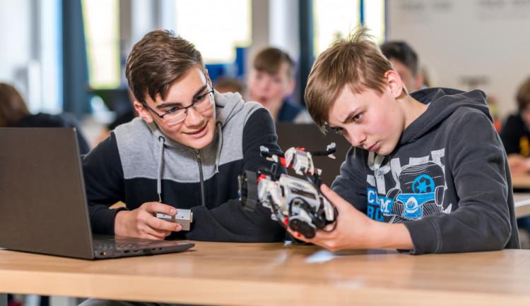 3D tisk, robotika nebo zkoumání lidského těla. iQLandia nabídne osm nových programů pro školy