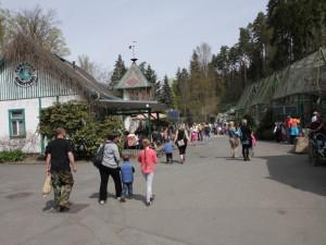 Liberecká zoo opraví náměstíčko v dolní části zahrady, asfalt nahradí dlažba