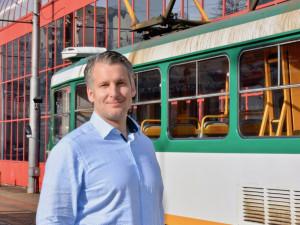 S nedostatkem řidičů se potýkají všichni, na tramvaj do Jablonce máme čtyři měsíce navíc, říká předseda představenstva dopravního podniku Michal Zděnek