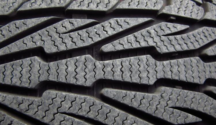 Zimní pneumatiky: problémy na sněhu a mokru
