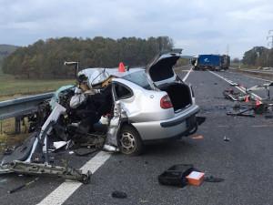 Vyšetřování tragické nehody potrvá měsíce. Policie nyní zadala znalecké posudky