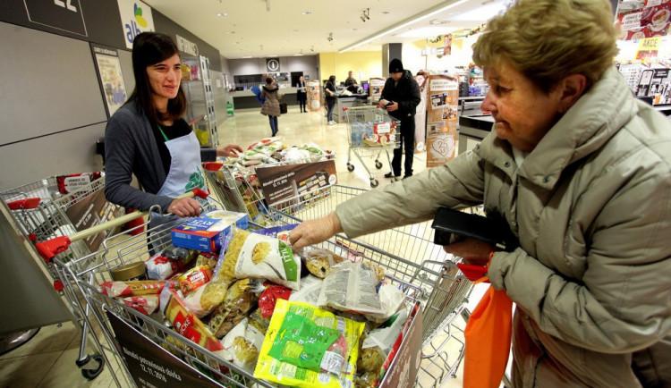 Blíží se potravinová sbírka. Zapojit se můžete i jinak než nákupem. Staňte se dobrovolníkem