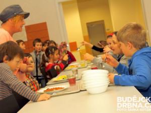 Hygienici si v posledních měsících posvítili na zařízení pro děti a mladistvé