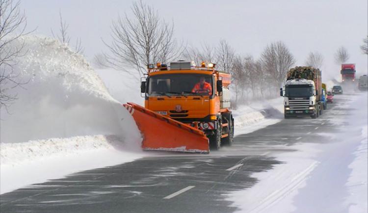Silničáři v Libereckém kraji jsou na ochlazení a sníh připraveni, sypače jsou v pohotovosti